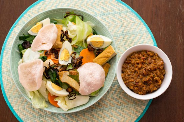 Classic Tofu and Vegetable Salad with Peanut Dressing (Gado Gado)