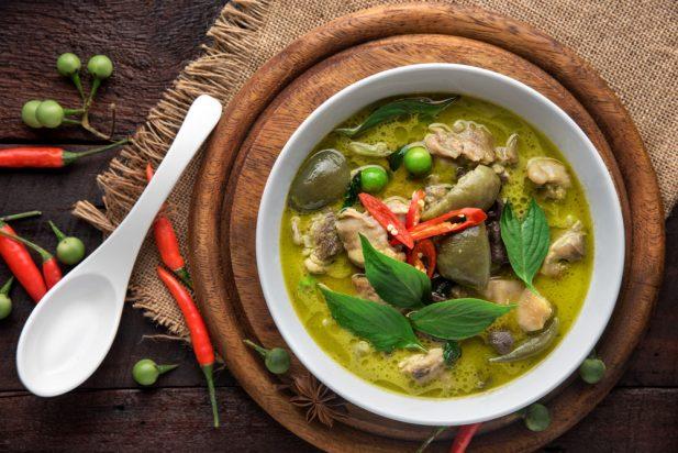 Thai Chicken Green Curry (Gaeng Kiew Wan Gai)