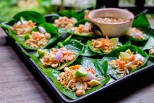 Betel Leaves Wrap (Miang Kham)