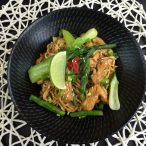 Hoisin Chicken with Instant Noodles