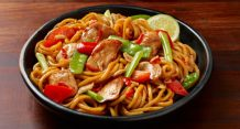 Chicken Honey Soy and Chilli Stir-Fry with Hokkien Noodles