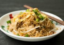 Fried Rice Vermicelli (Fried Bee Hoon)