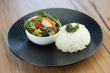 Thai Green Chicken Curry (Gaeng Khiao Wan Gai)