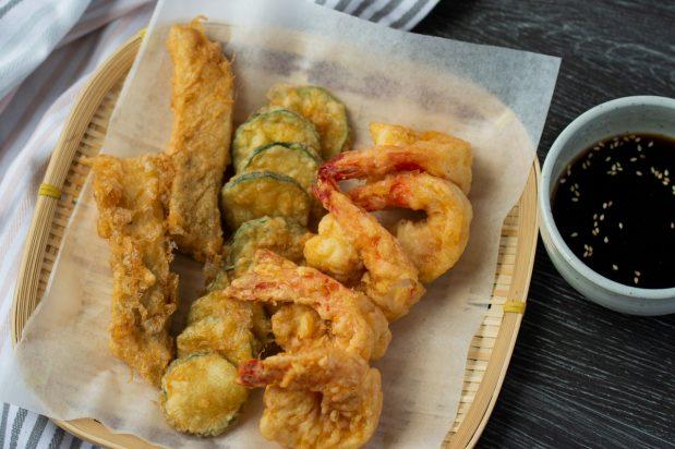 Fish, Prawns and Zucchini Pan-fried in Egg Batter (Modeumjean)
