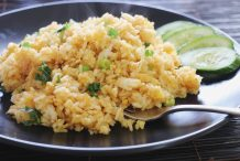 Crab Curry Fried Rice (Khao Pad Boo Garee)