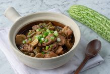 Claypot Chicken with Bitter Melon