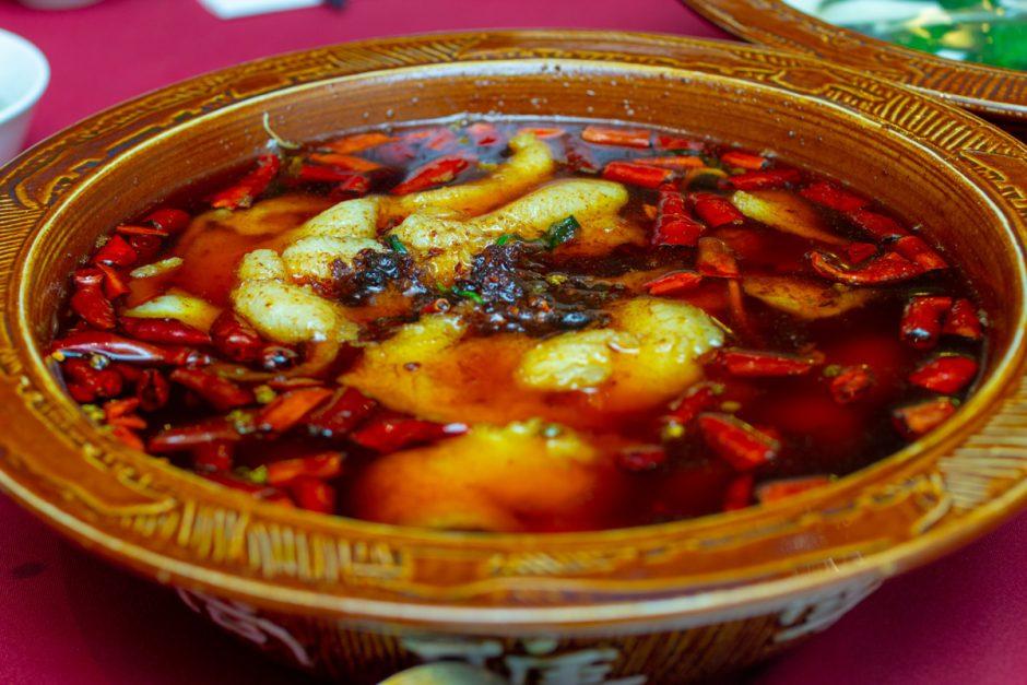 Ba Guo Bu Yi
