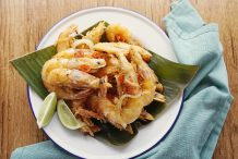 Salt and Pepper Prawns (Tom Rang Muoi)