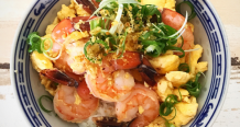 Scrambled Eggs with Prawns