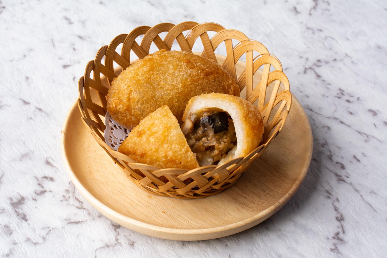 Fried Glutinous Rice Dumplings (Ham Sui Gok)   Asian ...