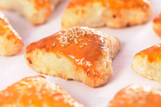 Baked Barbecue Pork Puffs