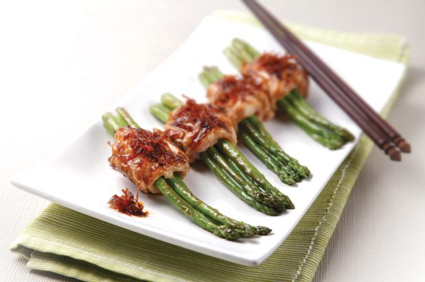 Pan Fried Asparagus and Chicken Roll