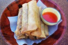 Chicken Spring Roll (Chun Juen)