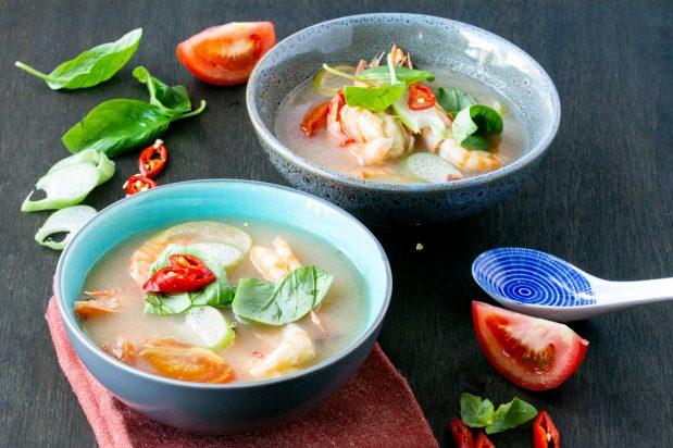 Sour Soup with Prawns (Canh Chua Tom)
