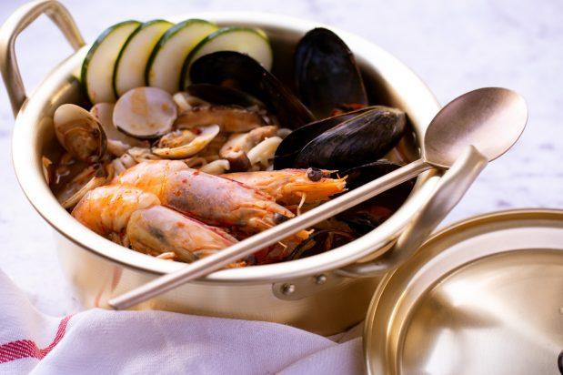 Spicy Seafood Noodle Soup (Jjamppong)