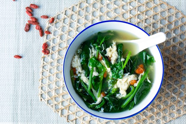 Chinese Spinach Egg Drop Soup with Gojiberries