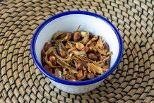 Fried Anchovies and Peanuts (Ikan Bilis Kacang)