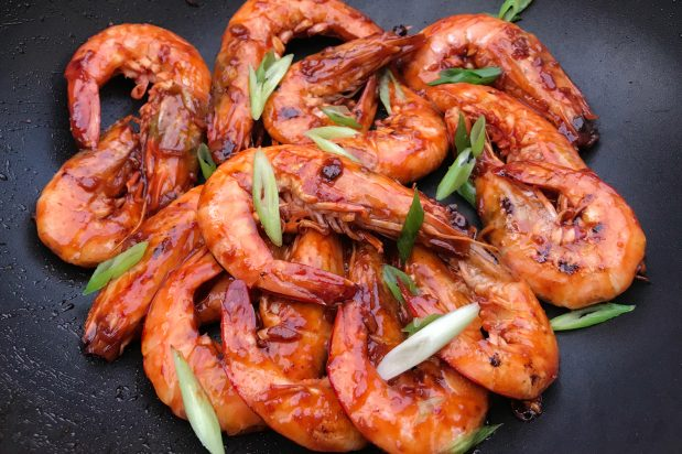 Quick and Easy Tomato Garlic Prawns