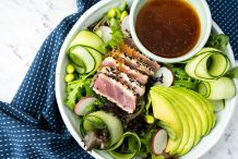 Seared Sesame Crusted Tuna Salad