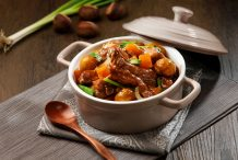 Braised Spare Ribs with Chestnuts and Pumpkin