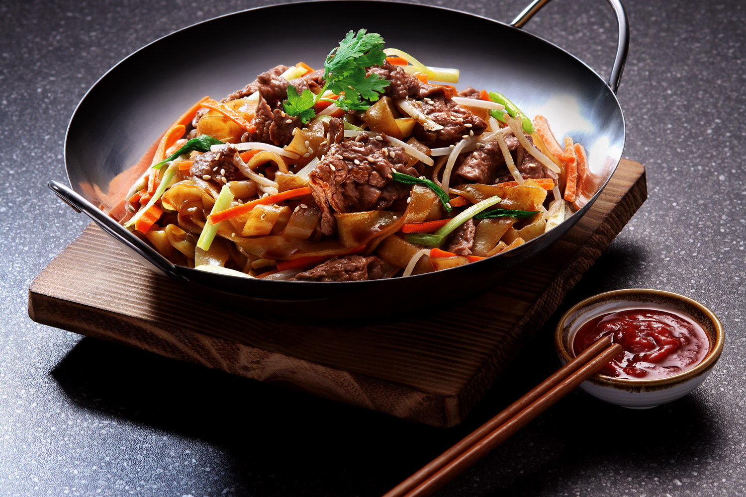 Stir Fried Rice Noodles With Beef In All Purpose Marinade Asian Inspirations
