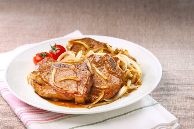 Onion Pork Chops in Sweet Soy Sauce
