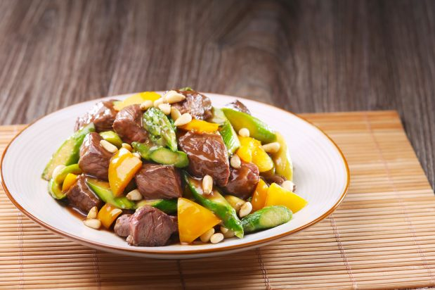 Stir Fried Beef with Pine Nuts and Oyster Sauce