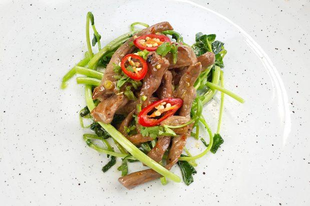 Stir-Fried Beef with Lemongrass