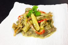 Stir-fried Beef with Green Curry
