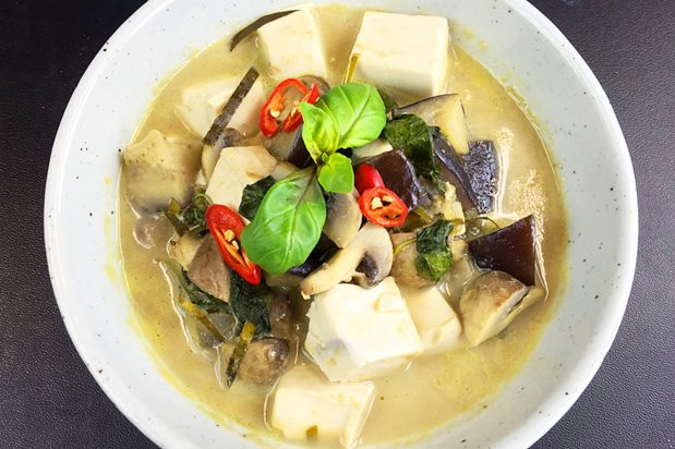 Tofu and Mushroom Green Curry
