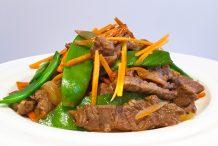 Stir-Fried Beef with Snow Peas