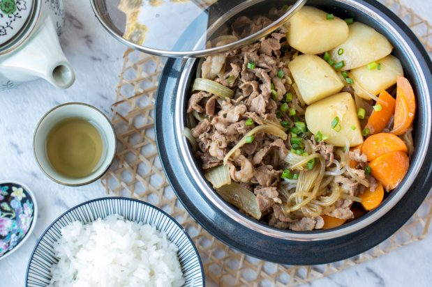 Simmered Beef and Potatoes (Nikujaga)