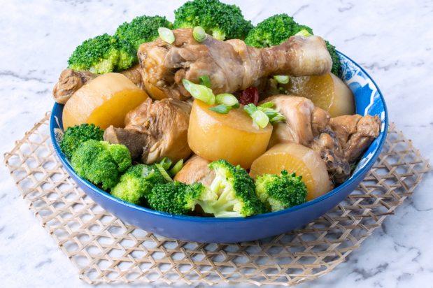 Soy Simmered Chicken (Tori No Shoyuni)