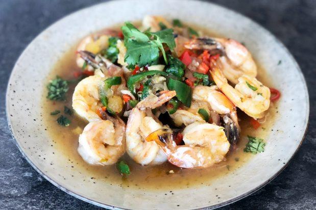 Tamarind Prawns (Goong Pad Makam)