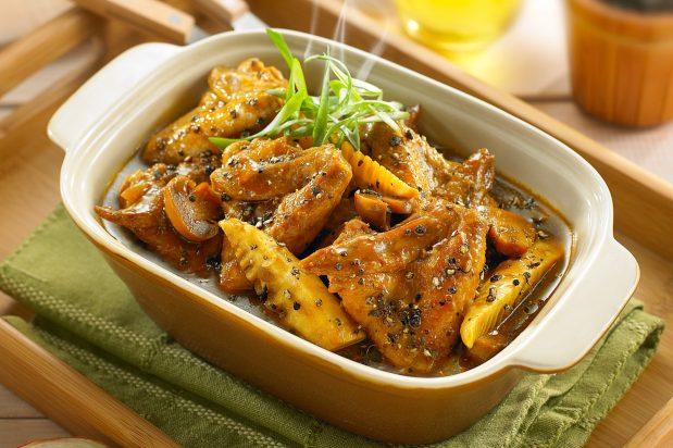 Black Pepper Chicken Wing Stew