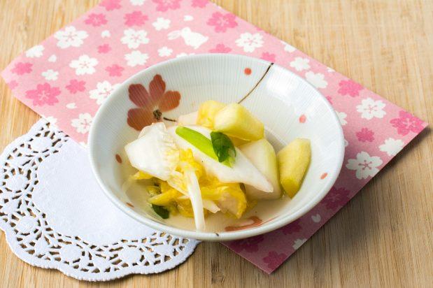 Water Kimchi (Nabak Kimchi)