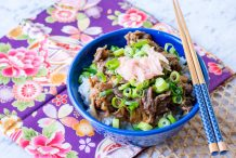 Japanese Beef Bowl with Rice (Gyudon)