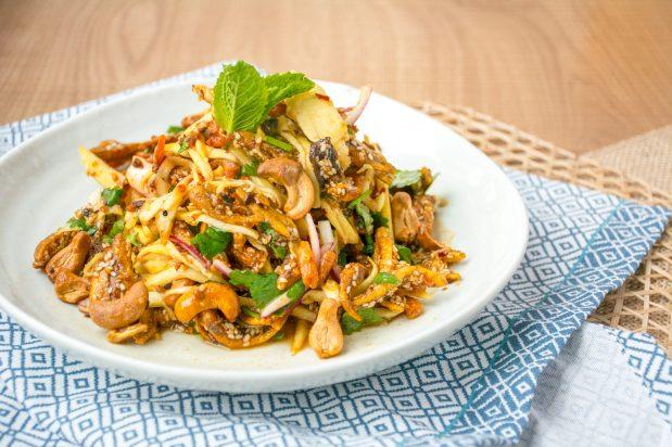 Spicy Mango Salad with Crispy Baits (Yum Mamuang Pla-Krob)