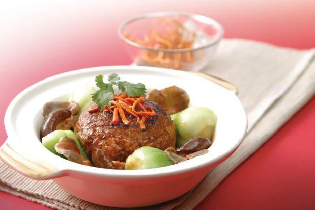Shanghai Style Lion's Head Pork Meatballs