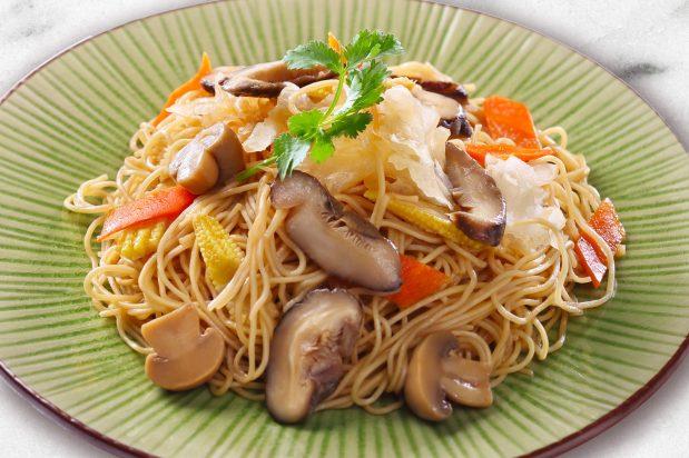 Stir Fried Vegetarian Egg Noodles