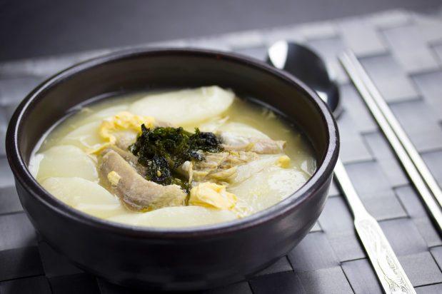 Korean New Year Rice Cake Soup (Tteok Guk)