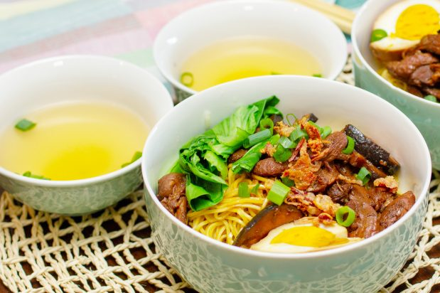 Indonesian Chicken Noodles with Mushrooms (Mie Ayam Jamur)