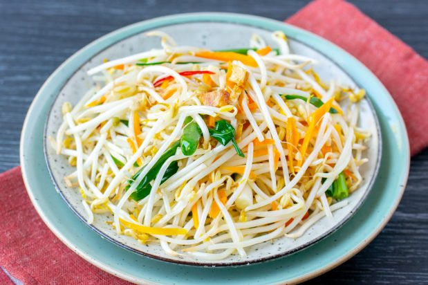 Stir Fried Bean Sprouts with Salted Fish