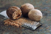 Nutmeg (Whole)