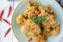 Salted Egg Yolk Chicken Ribs