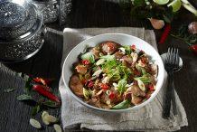 Stir-Fried Thai Beef with Lemongrass and Chillies (Nur Pad Takrai Prik Sod)