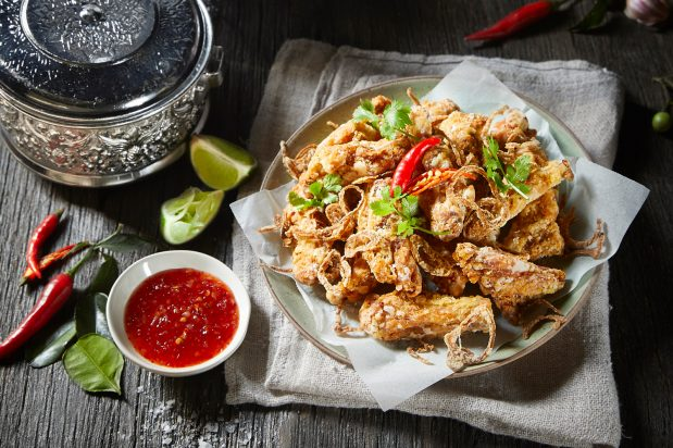 Thai Style Chicken Wings (Peek Gai Tord Nam Pla)