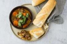 Bo Kho with Bread