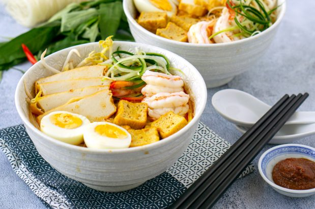 nyonya curry laksa recipe by Asian Inspirations
