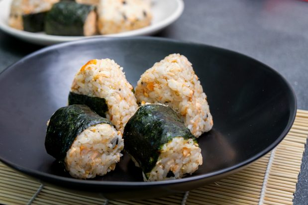Salmon Flake Onigiri (Salmon Rice Ball)